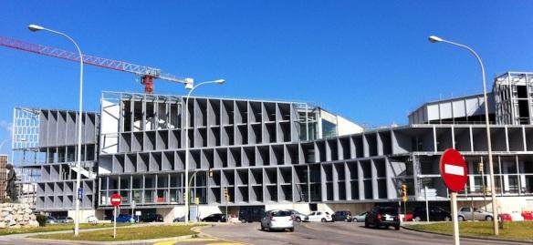 Koloss in bester Meereslage: Das unvollendete Kongresszentrum in Palma.