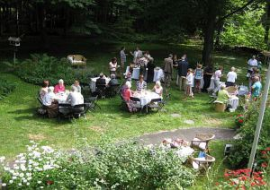 Gartenfest zu Margas 90. Geburtstag.